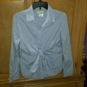 Intrend button down tie front blouse